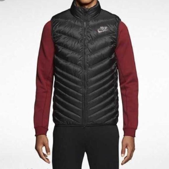 Men s Nike cascade down full black vest xs. M 5b36b7f2c2e9fe0bfd979232 32f036da8e15